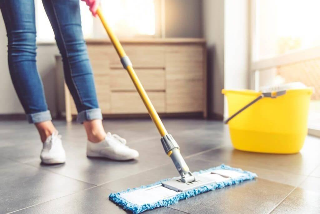 تنظيف السيراميك بالمنزل